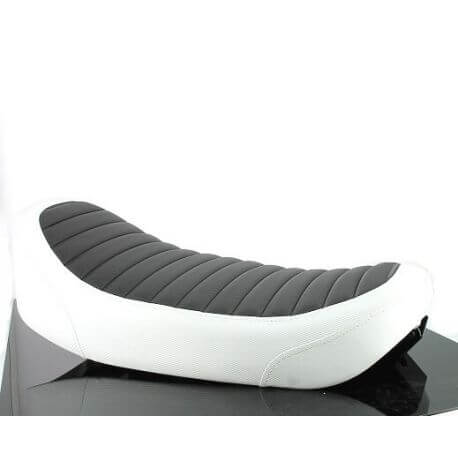 Seat for Dax - Skyteam equipped with a 2.5 L fuel tank - black and white